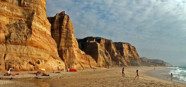 Falésias da praia do Vale Furado