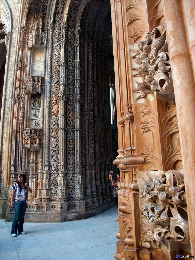Com uma pessoa para fazer escala, o portal é ainda mais impressionante