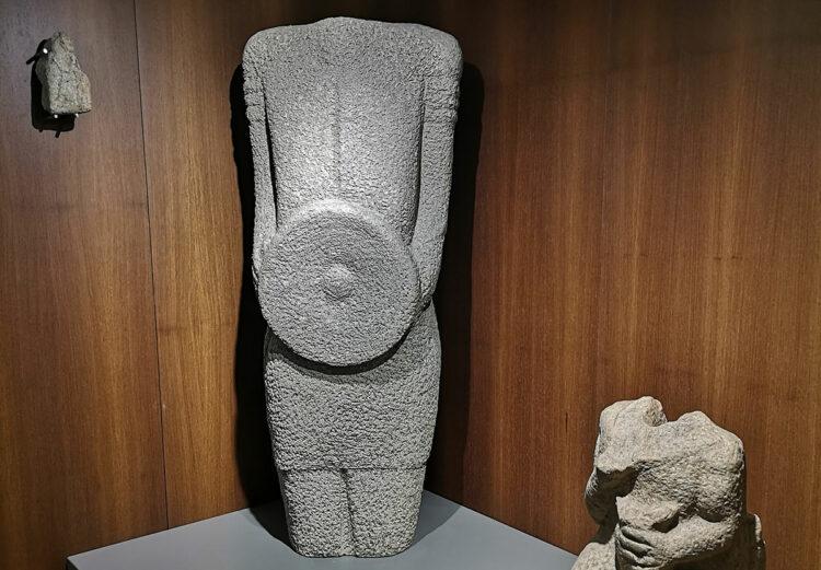 Estátua de guerreiro galaico